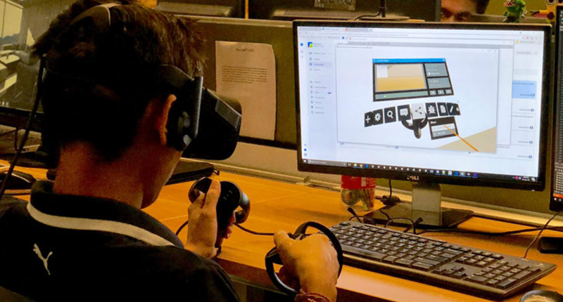 VR product for the AEC industry Engineer working on virtual reality architecture software