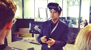 Trezi representative explaining virtual Reality solution as an immersive technology for architect